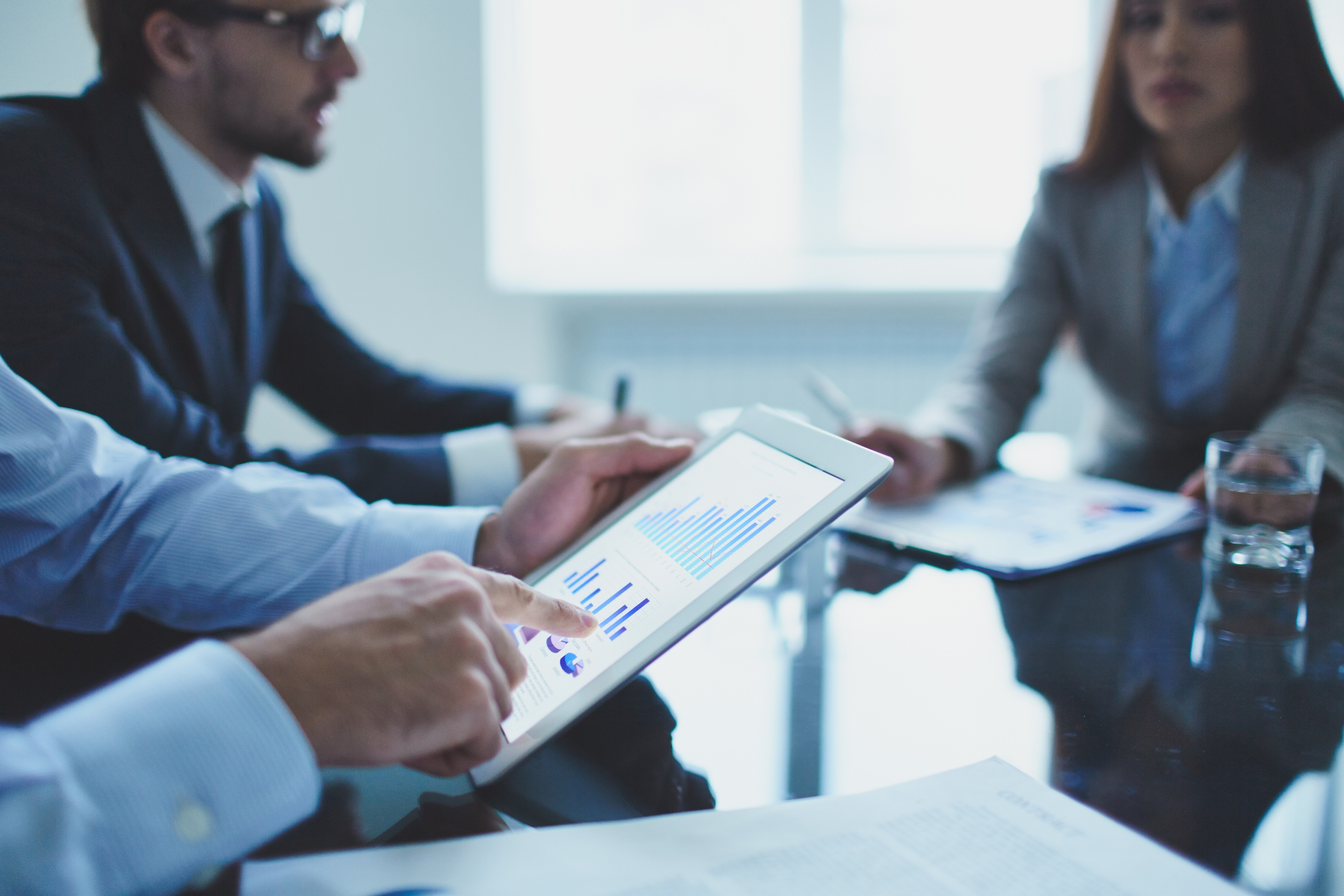 How to Use Predictive Analytics to Improve Sales Meetings